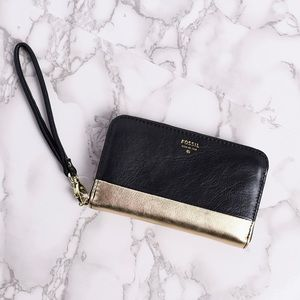 Authentic Fossil Leather Wristlet Wallet Black